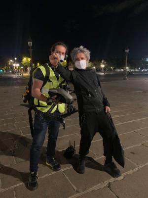 Nicola Sirkis avec le télépilote de drone Anthony Brzeski, Place de la Concorde, Paris