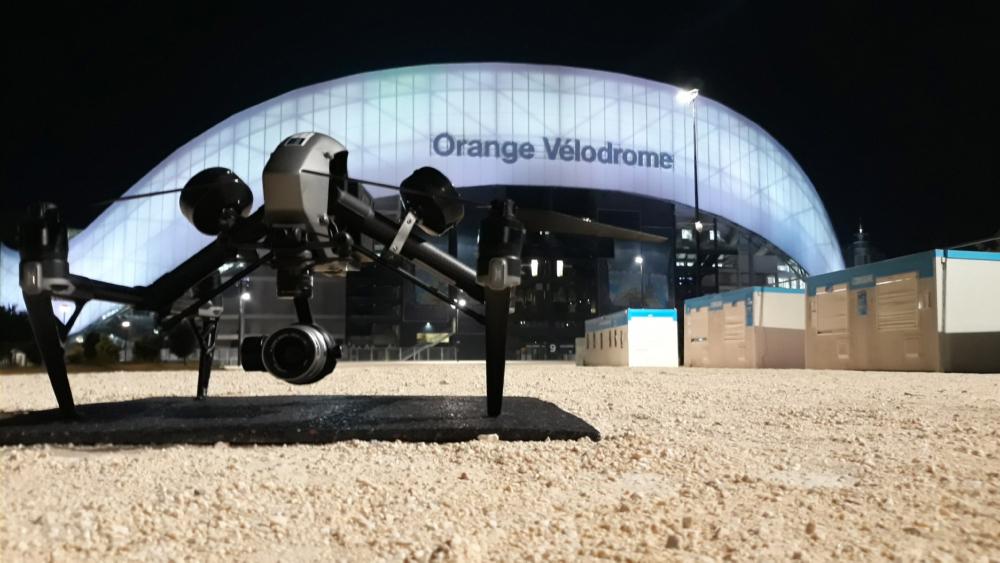 Drone Inspire 2 devant le stade Velodrome Marseille à 1h30 le 10:07:2020